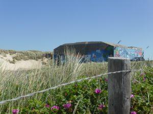 In Julianadorp aan Zee zijn veel bunkers te bekijken.